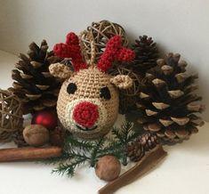 Crochet Christmas ball (free tutorial). - Kat's eyes corner   - Noël  #christmas #blanket #crochet Christmas Crochet Blanket, Crochet Christmas Gifts, Crochet Christmas Decorations, Crochet Decoration, Crochet Gifts, Diy Crochet, Blanket Crochet, Merry Christmas, Christmas Balls