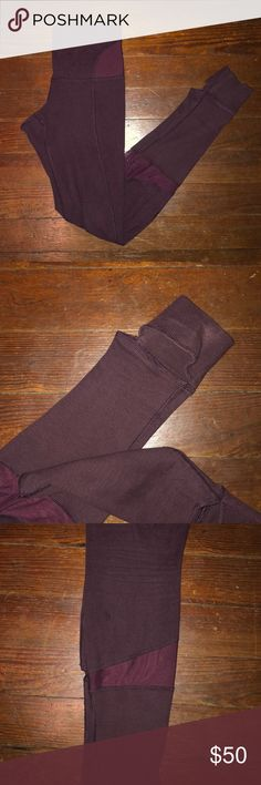"""lululemon full length leggings Great leggings! Deep burgundy color. A little too long for me and I am 5'7"""". Thicker fabric- more of a thermal feel than their workout leggings. Great for cold weather and so comfortable! Have little foot socks too! Feel free to ask questions! lululemon athletica Pants Leggings"""