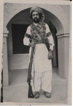 Palay Khan belonged to the Khosti syed tribe of Zhob. Khosti,s had migrated from Khost Afghanistan. He was a freedom fighter and chief of a freedom fighters' group, which fought against the British Raj, in 1930s, at Balochistan, Pakistan then the Baluchistan, a Commissionerate Province.