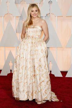 Veja o look dos astros e estrelas no tapete vermelho do Oscar 2015