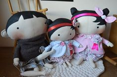 tilda toy box.....(a sweet, group photo! love the boy's ears. tee.hee.)...
