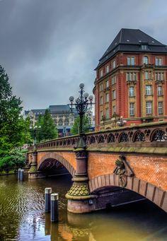 Hamburg - Heiligengeistbrücke mit Alsterfleet
