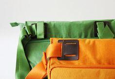 Travelus Daily Messenger Bag
