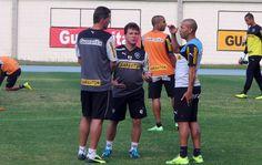 BotafogoDePrimeira: Sheik vai a campo mancando e é poupado antes de pe...