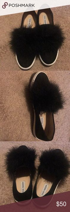 Re-Posh Steven Madden furry Pom Pom shoes Re-Posh I absolutely loved these shoes when I saw them, thought they'd be a great accent to any outfit. Unfortunately they were too narrow on me. I only wore them once but you can't even tell. Still in amazing condition. Steve Madden Shoes