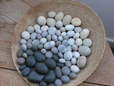 ombre rocks in a dish... genius for a coffee table!