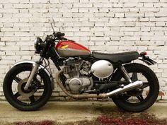 Inazuma café racer: CB400N by BR Moto