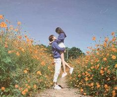 👫 uzzlang couple ༘ ꒱ ꒱ ©,° Korean Aesthetic, Couple Aesthetic, Relationship Goals Pictures, Cute Relationships, Cute Couples Goals, Couple Goals, Korean Couple Photoshoot, Pre Wedding Poses, Ulzzang Couple