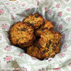 Low Carb Rezept für selbstgemachte Protein-Fitness-Kekse. Wenig Kohlenhydrate und einfach zum Nachkochen. Super für Diät/zum Abnehmen.