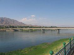منظر لنهر -مدينة خجند