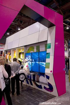 HP Stand Latex Atmosphere Experience by Indissoluble Arquitectura Multimedia