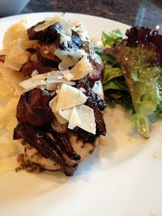 Confessions of a Paper Freak: Mushroom Chicken.  Looks so good!