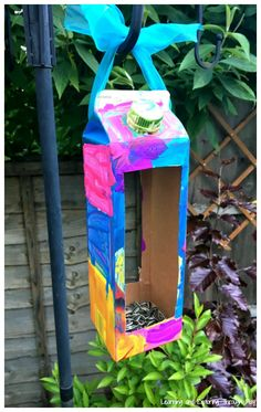 Recycled Carton Bird Feeders – Spring and Summer Activities for Kids – Daisy Mtg – Recycling Recycling Activities For Kids, Recycling For Kids, Diy Recycling, Camping Activities For Kids, Summer Activities For Kids, Crafts For Kids, Arts And Crafts, School Holiday Activities, Animal Activities For Kids