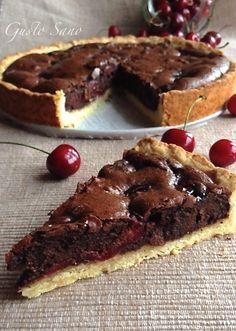 crostata di ciliegie e cioccolato