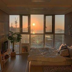 Dream Rooms, Dream Bedroom, City Bedroom, My New Room, My Room, Bedroom Inspo, Bedroom Decor, Bedroom Bed, Aesthetic Room Decor