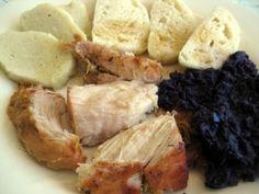 Baked pork, dumplingans red cabbage knedlo vepro zelo (Pečené Mäso s Kapustou)) Slovak Recipes, Czech Recipes, Hungarian Recipes, Hungarian Food, American Kitchen, Baked Pork, Red Cabbage, Dumpling, Pork Recipes