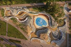 Image 9 of 36 from gallery of Jaworznickie Planty Water Playground / RS + Robert Skitek. Photograph by Tomasz Zakrzewski Water Playground, Playground Design, Plans Architecture, Landscape Architecture Design, Architecture Awards, Urban Fabric, Urban Park, Parking Design, Urban Furniture