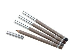 Crayon à sourcils EYE CARE. Formulé avec de l'huile de jojoba adoucissante et de la vitamine E anti-radicalaire, il redessine le sourcil pour corriger forme, volume et couleur. Le regard s'agrandit, les traits du visage se restructurent. #eyebrowpencil #brown #eyebrow #makeup