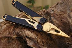 """Leatherman Wave Multifunktionswerkzeug, """"Heart of Gold Edition"""" mit schwarz-Oxid und 24 Karat Gold"""