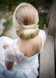updo wedding hairstyle idea; photo: Winnie Baum Photography; via Knots Villa
