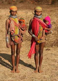 """ India - orissa by Retlaw Snellac "" Tribal People, Tribal Women, We Are The World, People Around The World, Mode Bizarre, Isadora Duncan, Beauty Around The World, Folk Costume, Mothers Love"