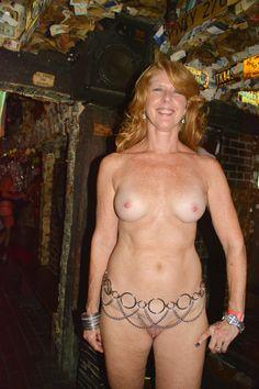 Free big booty blondes girls porn