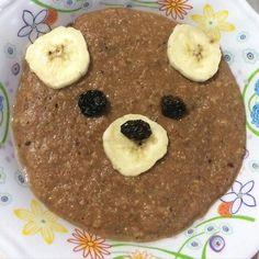 Ceia: Mingau de aveia com banana cacau e canela. Hoje o ursinho está caolho porque as uvas passas eram deformadas bjssss #90diasemequilíbrio by oucaseucorpo http://ift.tt/1XKxdOe