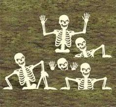 29-W1421HY - Rising Skeletons 2 Yard Art Woodworking Plan.  LOVE THESE CREEPY GUYS _ I NEEED THESE!!!!