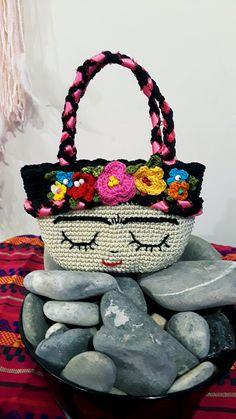 Crochet Purse Patterns, Crochet Tote, Crochet Baby Shoes, Crochet Handbags, Crochet Purses, Crochet Gifts, Crochet Clothes, Knit Crochet, Childrens Purses