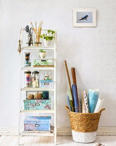 Take a creative approach to getting organised using beautifully labelled containers. Here are 21 tips for getting sorted and staying that way. Easy Projects, Craft Projects, Craft Ideas, Cool Magazine, Upcycled Crafts, Good Housekeeping, Staying Organized, Spring Cleaning, Home Organization