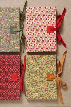 Cuadernos forrados de tela
