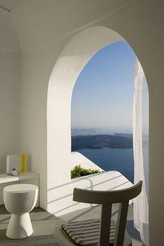 Grace-Santorini-Hotel-33 Santorini Hotels, Mykonos, Architecture Details, Modern Architecture, Simply Beautiful, Rest Room, Visit Greece, Modern Design, Summer Vibes