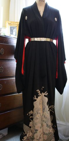 Hey, I found this really awesome Etsy listing at https://www.etsy.com/listing/205810386/antique-early-1900s-silk-crepe-japanese