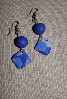Boucles d'oreilles losange bleu vif