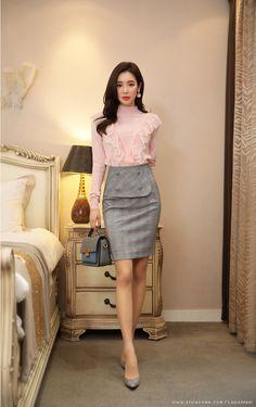 Korean Women`s Fashion Shopping Mall, Styleonme. Asian Fashion, Girl Fashion, Fashion Outfits, Womens Fashion, Fashion Styles, Asian Woman, Asian Girl, Velvet Dress Designs, Long Blouse