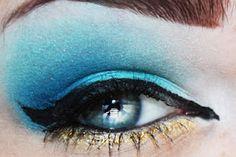 Unique-Desire: Disney Princesses: Jasmine 2 Looks Disney Inspired Makeup, Disney Makeup, Crazy Makeup, Makeup Looks, Blue Makeup, Hair Makeup, Princess Jasmine Makeup, Beauty Hacks Nails, Jasmine Costume