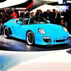 Porsche's 2011 Speedster, a girl can dream