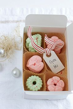 Gift box ideas for christmas cookies