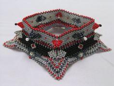Contemporary Geometric beadwork: Horn Wing
