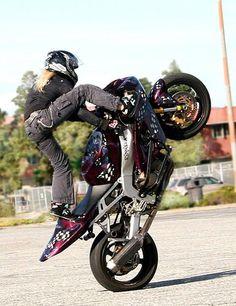 ▄ █ ▄  http://remorques-discount.com/fr/  ▄ █ ▄   #motarde  #moto   #girl   #remorque   #trailer ✌ ❤