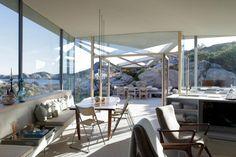 beach house | Heiberg Cummings Beach Interior Design, Kristiansand, Beach House, Dining Table, Cabin, Decorating, Architecture, Modern, Summer