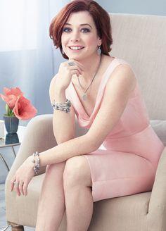 Alyson Hannigan pretty in pink and PANDORA jewelry. #PANDORAcelebrity