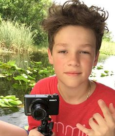 Your killing me babe Annie And Hayden, Hayden Summerall, 3 Brothers, Bratayley, Young Boys, Dream Guy, Boys Who, Cute Boys, Youtubers
