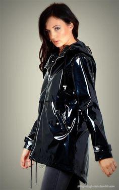 Vinyl Raincoat, Pvc Raincoat, Black Raincoat, Vinyl Clothing, Latex Girls, Rain Wear, Sweet Dreams, Feminine, Leather Jacket
