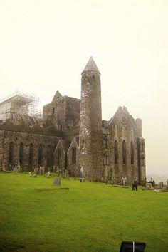 Rock of Cashel - http://www.cashel.ie/