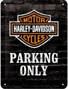order now on http://www.koolcarpics.nl/a-45614232/normale-borden-20x30/harley-davidson-parking-only/ #koolcarpics #harleydavidson #parkingonly #wood #handmade