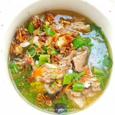 Soup Recipes, Cooking Recipes, Healthy Recipes, Recipies, Easy Thai Green Curry, Homemade Aioli, Hot And Sour Soup, Fresh Turmeric, Catering Menu