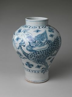 "Dragon jar, second half of the 18th century. Joseon dynasty (1392–1910). Korea. The Metropolitan Museum of Art, New York.Purchase, 2009 Benefit Fund, 2010(2010.368) | This work is exhibited in the ""Expressions of Nature in Korean Art"" exhibition, on view through September 18, 2016"