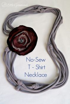 Go Team! with an Upcycled T-Shirt Necklace http://www.3littlegreenwoods.com/2014/08/29/go-team-with-an-upcycled-t-shirt-necklace/