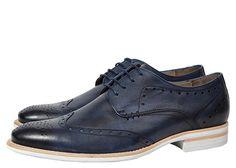 Bostoques: furos do brogue que ajudavam a escoar a água de dentro dos sapatos